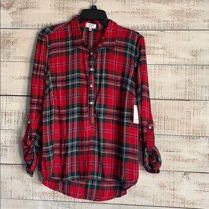 Crown & Ivy Long sleeve button top plaid shirt - M